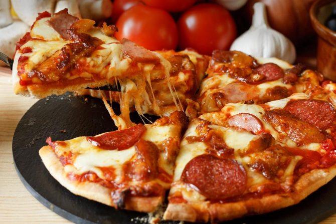 Pizzería: Horno de Leña VS Horno Eléctrico